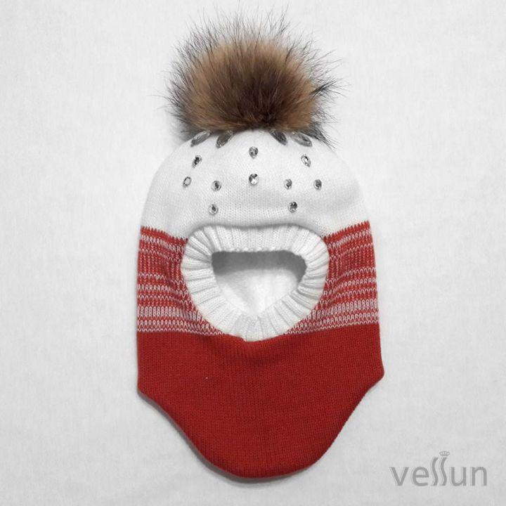 Шапка – шлем для девочки «Первый снег » два в одном: шапка и шарф.